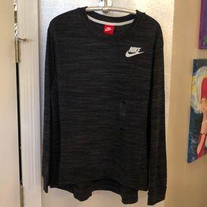 NIKE NWT light weight sweatshirt